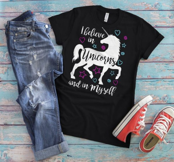 I Believe In Unicorns And In Myself Shirt Womens Vintage image 0