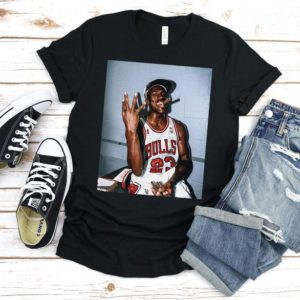 Vintage Michael Jordan Three-Peat T-Shirt Vintage Bulls Solid Black Blend